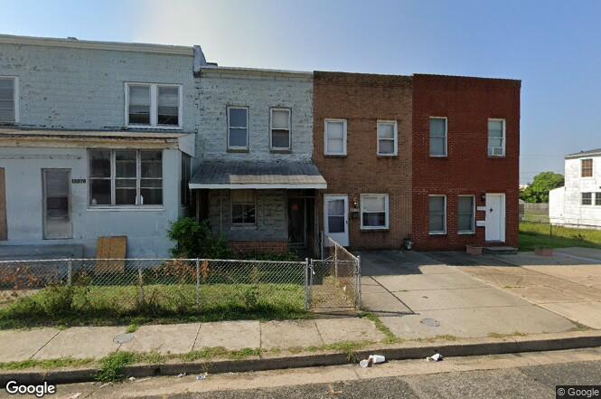 3 bed, 1 bath tenants are month to turn key rental income